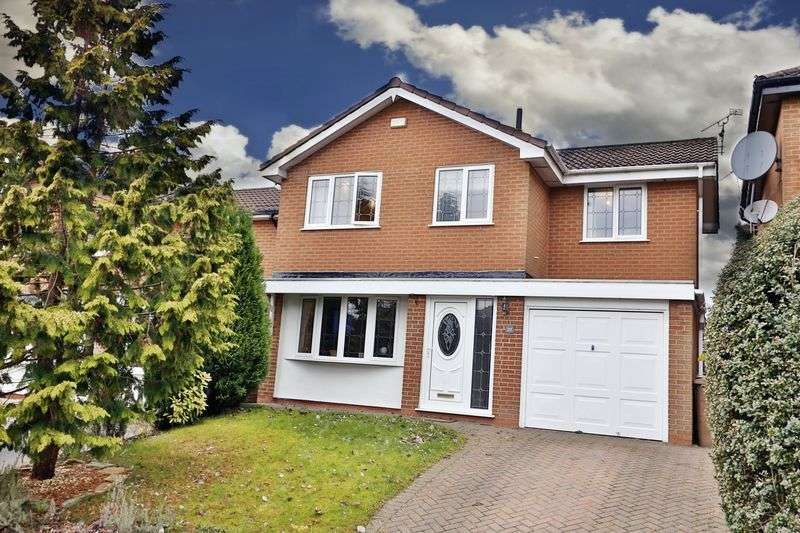 3 Bedrooms Detached House for sale in Shearing Avenue, Rochdale