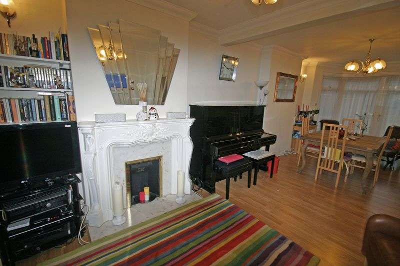 3 Bedrooms Semi Detached House for sale in OAKWOOD, ENFIELD