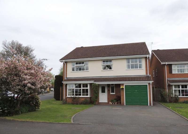 5 Bedrooms Detached House for sale in Lindhurst Drive, Hockley Heath