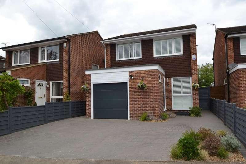 3 Bedrooms Detached House for sale in North Barn, Broxbourne, EN10
