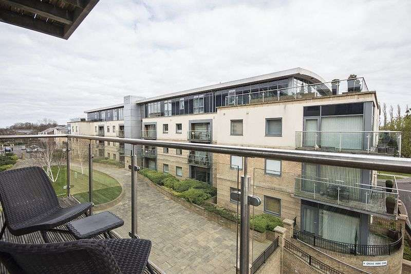 2 Bedrooms Flat for sale in Grove Park Oval, Newcastle Upon Tyne