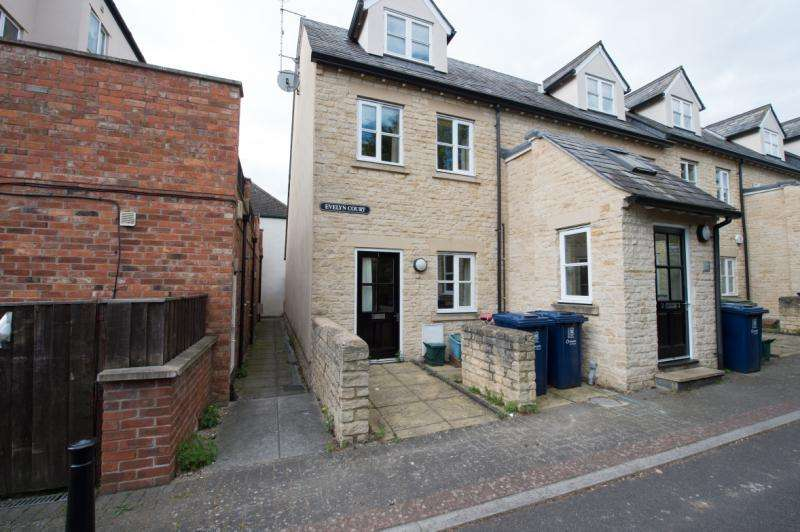 1 Bedroom Apartment Flat for sale in Evelyn Court, 267B Cowley Road, Oxford, Oxfordshire