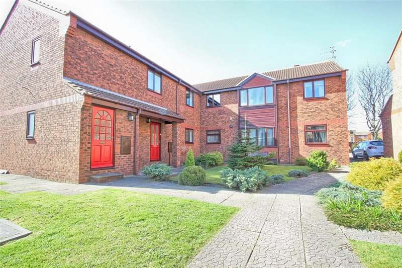 2 Bedrooms Flat for sale in Blenheim Mews, Redcar