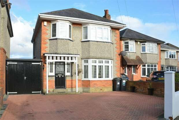 3 Bedrooms Detached House for sale in Victoria Avenue, Victoria Park, Bournemouth