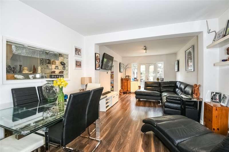 5 Bedrooms Bungalow for sale in Hamilton Road, Uxbridge, Middlesex, UB8