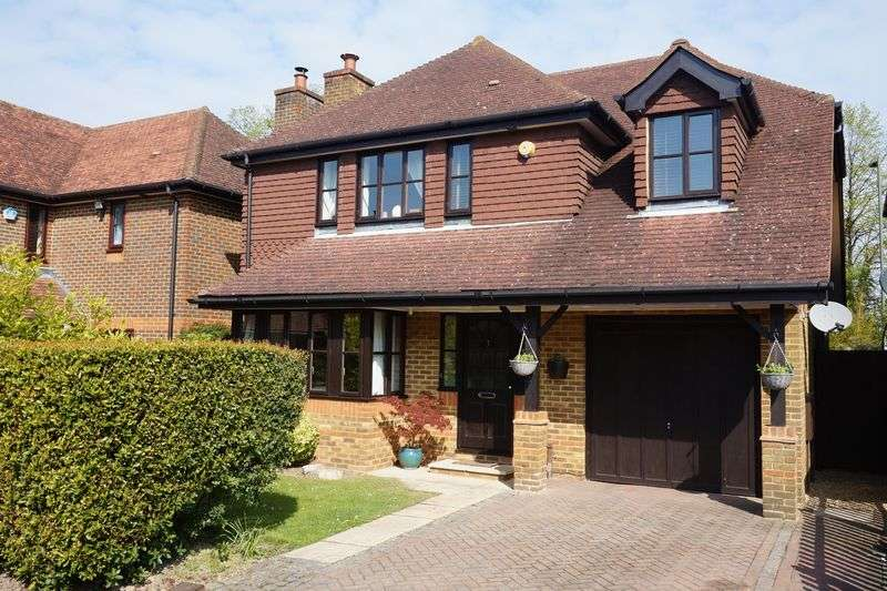 5 Bedrooms Semi Detached House for sale in Banstead