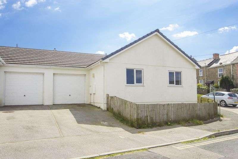 2 Bedrooms Semi Detached Bungalow for sale in Bekelege Drive, Beacon, Camborne