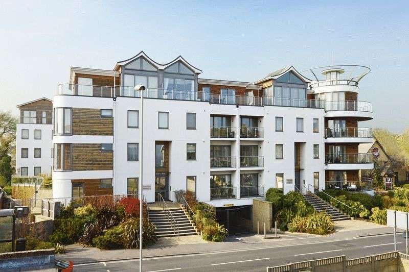 2 Bedrooms Flat for sale in Greenhill, Weymouth, DT4
