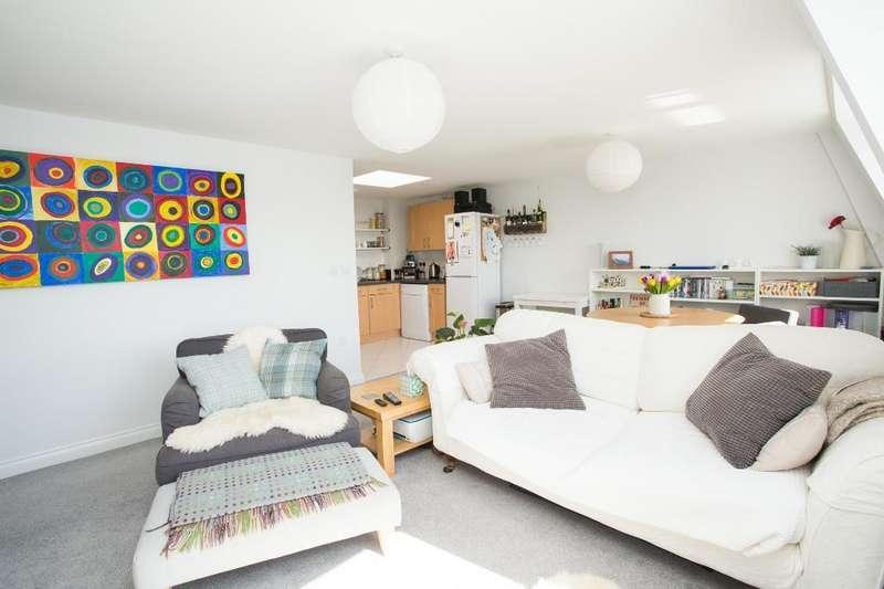 1 Bedroom Apartment Flat for sale in High Street, Heathfield, East Sussex, TN21 8JB