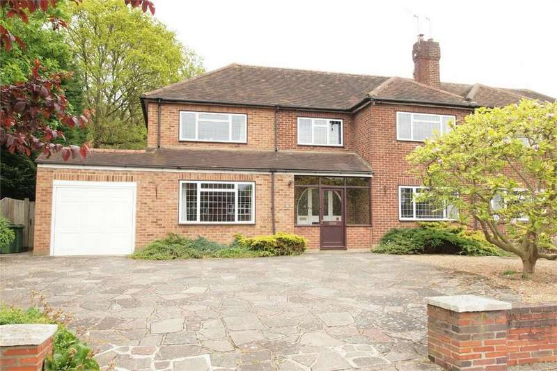 5 Bedrooms Semi Detached House for sale in Woodmere Way, Park Langley, Beckenham, Kent