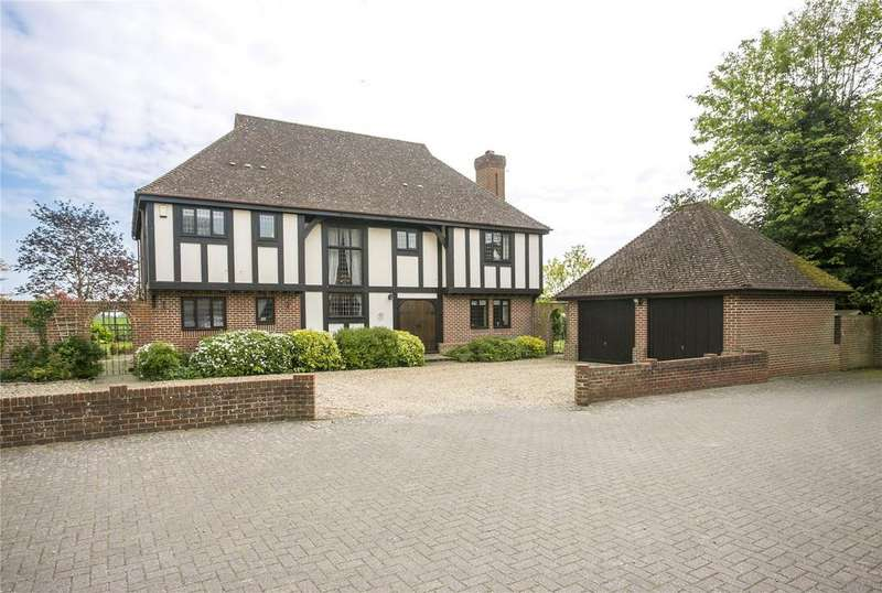 4 Bedrooms Detached House for sale in Hadlow Road East, Tonbridge, Kent