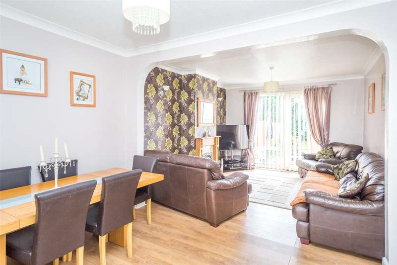 3 Bedrooms Semi Detached House for sale in Fawkes Drive, York, North Yorkshire, YO26
