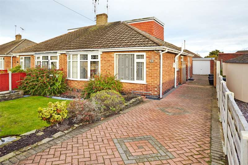 2 Bedrooms Semi Detached Bungalow for sale in Fox Covert, York, YO31