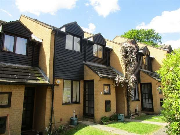 1 Bedroom Maisonette Flat for sale in Foxlees, Elms Lane, Wembley