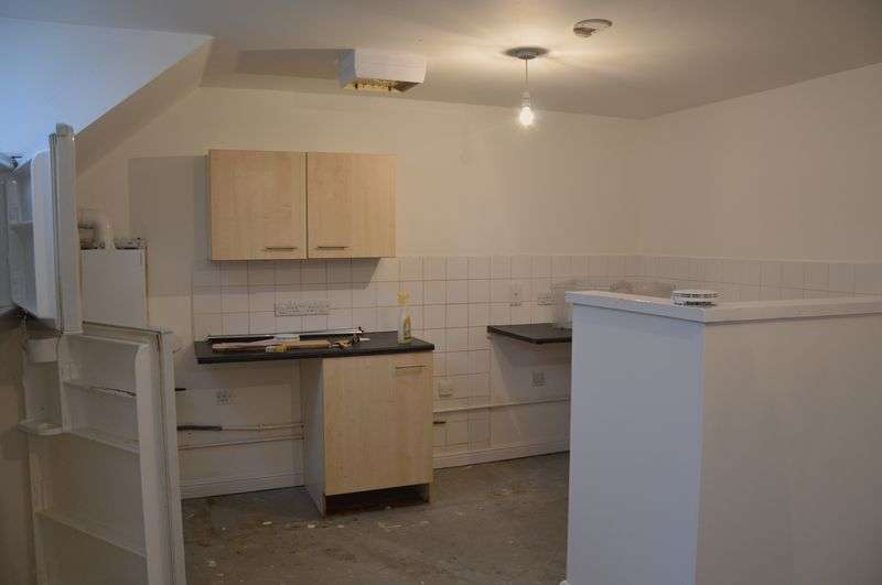 3 Bedrooms House for sale in D&I Flat 13 Main street Amber Valley