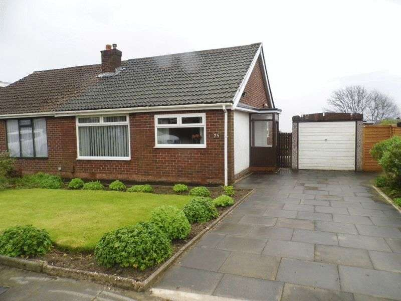 2 Bedrooms Bungalow for sale in Beehive Green, Westhoughton