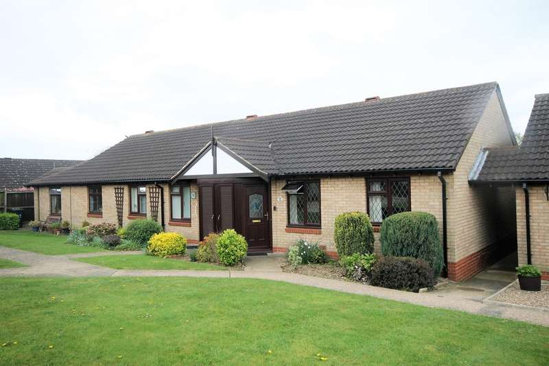 2 Bedrooms Detached House for sale in Curzon Close, Burbage
