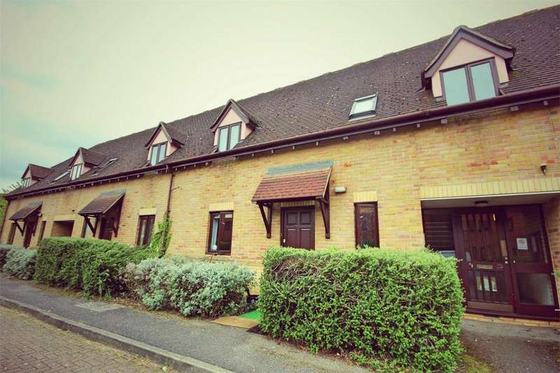 1 Bedroom Flat for sale in Canvey Walk, CHELMSFORD, Essex