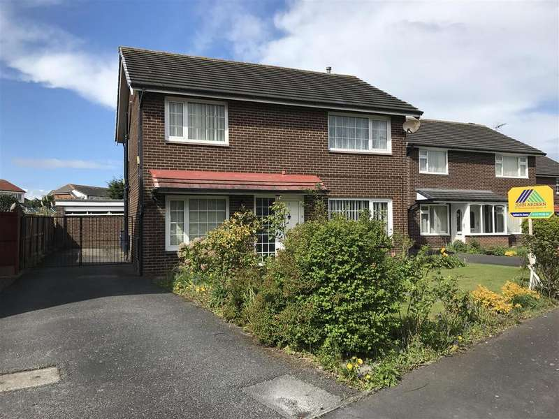 3 Bedrooms Detached House for sale in Jubilee Way, Lytham St. Annes