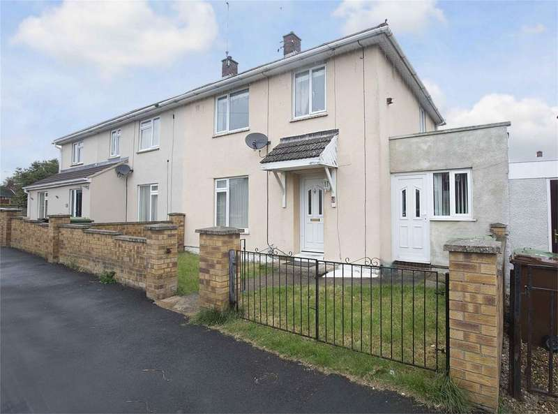 3 Bedrooms Semi Detached House for sale in Maidford Road, Corby, Northamptonshire