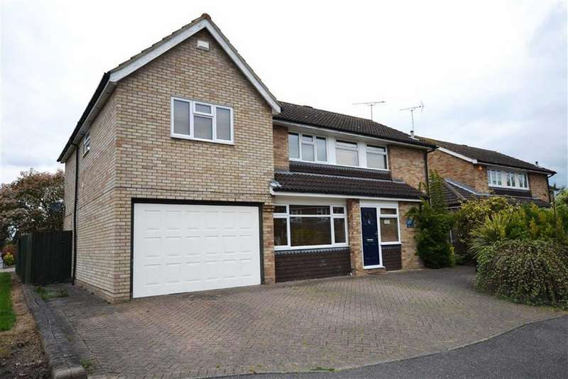 5 Bedrooms Detached House for sale in Longfield Road, South Woodham Ferrers, Essex