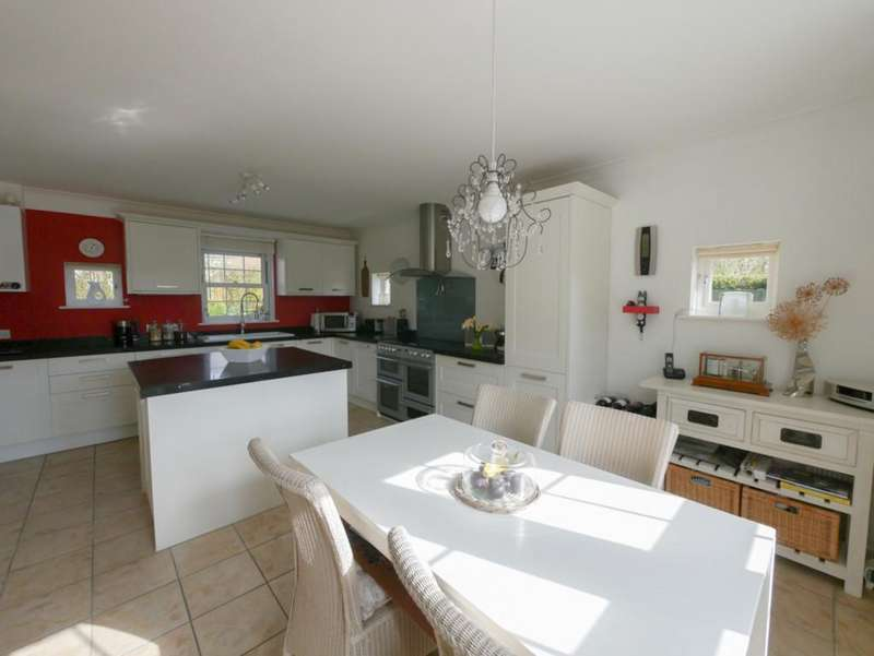 5 Bedrooms Detached House for sale in Otley, Suffolk
