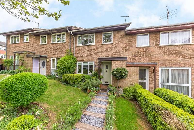 3 Bedrooms Terraced House for sale in Ravenscroft, Harpenden, Hertfordshire