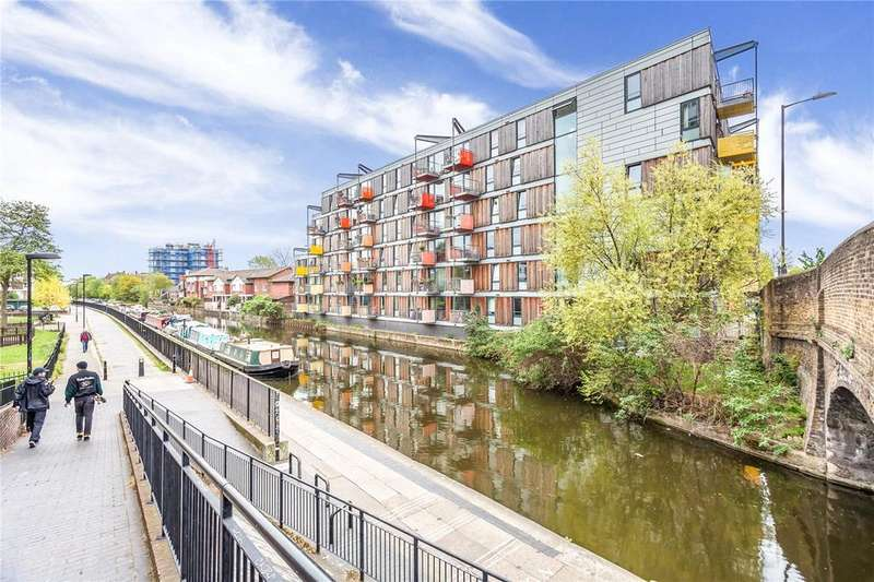 1 Bedroom Flat for sale in Adelaide Wharf, Queensbridge Road, London, E2