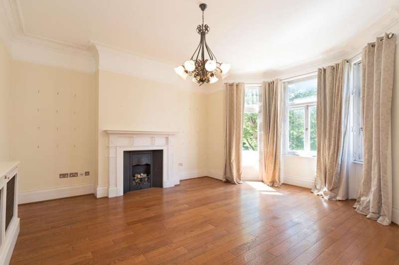 3 Bedrooms Flat for sale in Neville Court, Abbey Road, St John's Wood, London, NW8
