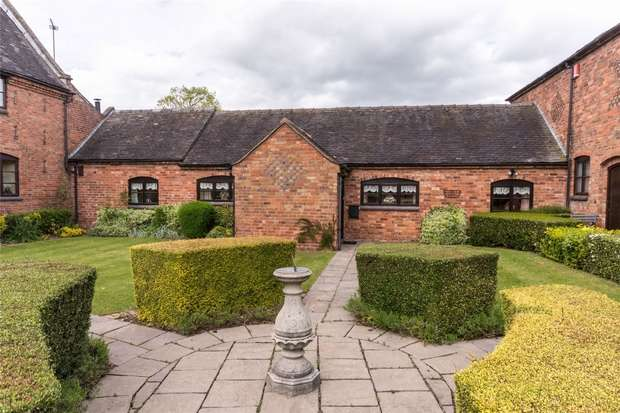 2 Bedrooms Mews House for sale in Hill Top, Longdon Green, Rugeley, Staffordshire