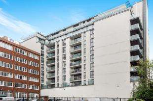 2 Bedrooms Flat for sale in Whitgift Street, Croydon