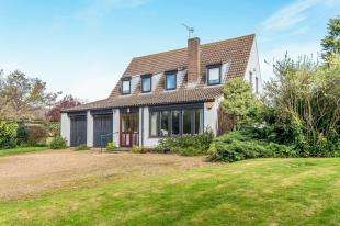 4 Bedrooms Bungalow for sale in Vicarage Road, Yalding, Maidstone, Kent