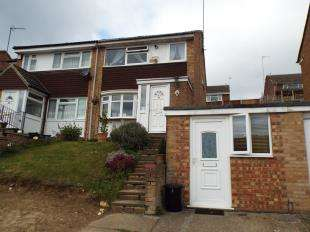 4 Bedrooms Semi Detached House for sale in Nightingale Road, South Croydon