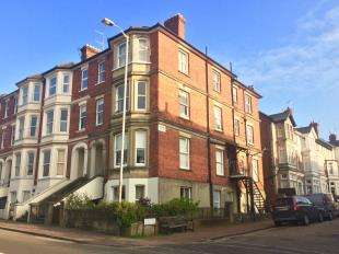 2 Bedrooms Flat for sale in Grove Hill Road, Tunbridge Wells, Kent