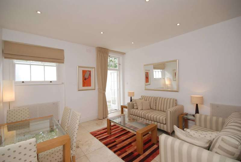 2 Bedrooms Flat for sale in Onslow Gardens, South Kensington, SW7