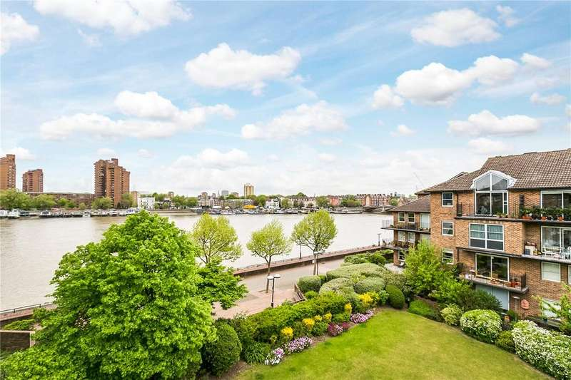 2 Bedrooms Flat for sale in Thorney Crescent, London