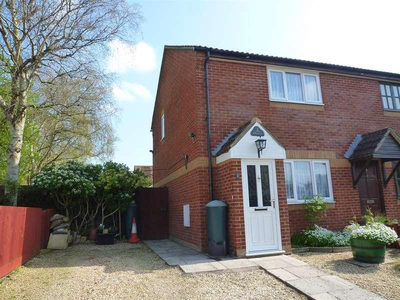 2 Bedrooms Property for sale in Trowbridge