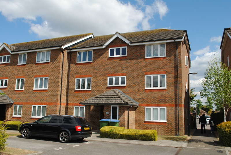 1 Bedroom Flat for sale in West Molesey
