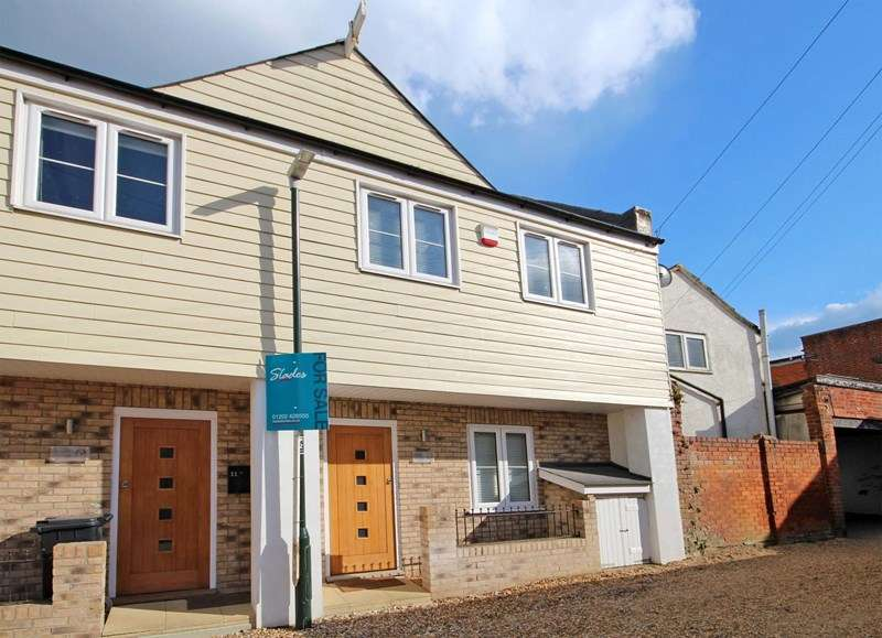 2 Bedrooms Terraced House for sale in Parkwood Lane, Bournemouth