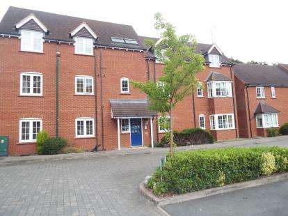 1 Bedroom Flat for sale in Foxley Drive, Catherine-De-Barnes, Solihull, West Midlands