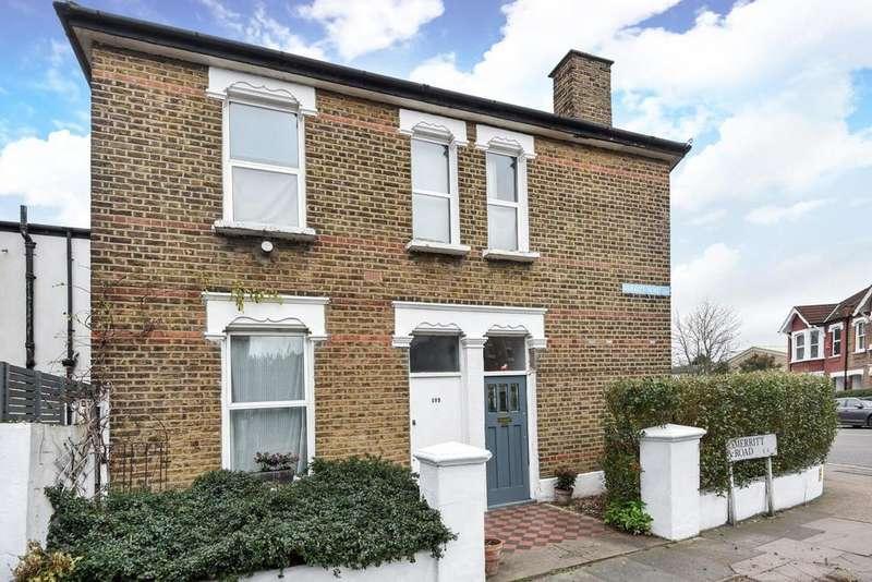 2 Bedrooms Flat for sale in Brockley Grove, Brockley, SE4