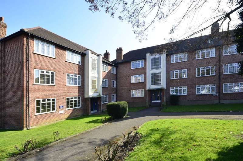 2 Bedrooms Flat for sale in Cardrew Court, North Finchley, N12