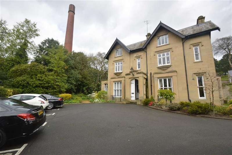 2 Bedrooms Property for sale in Clarence Road, Bollington