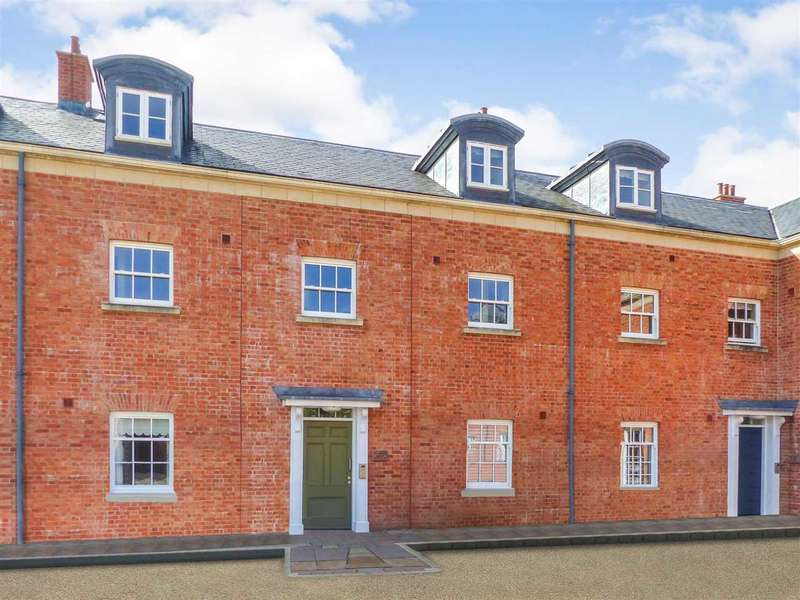 3 Bedrooms Apartment Flat for sale in The Stable Block, The Mount, Chepstow