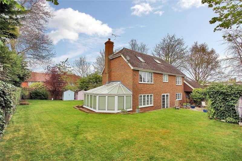 5 Bedrooms Detached House for sale in Rope Walk, Cranbrook, Kent, TN17