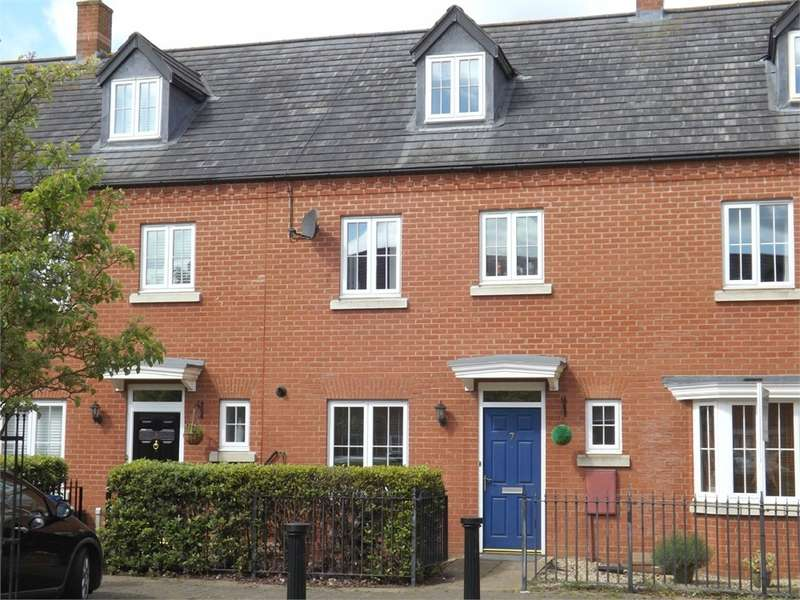 4 Bedrooms Town House for sale in Eynesbury, ST NEOTS