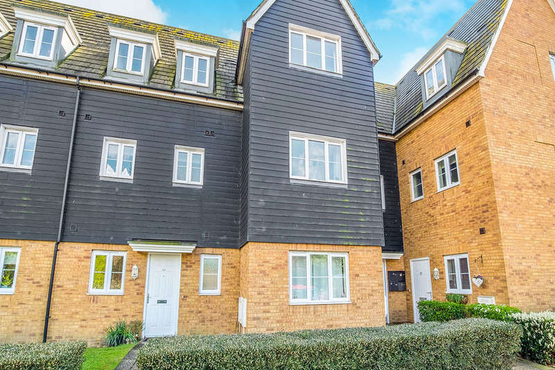 2 Bedrooms Flat for sale in Searchlight Heights, Chattenden, Rochester, ME3