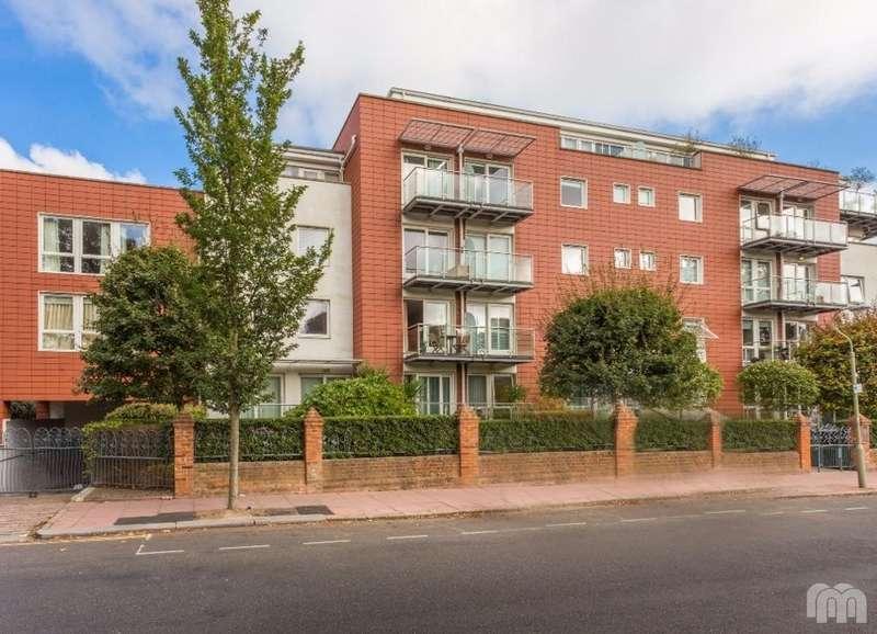 2 Bedrooms Flat for rent in Preston Park Avenue Brighton Brighton BN1