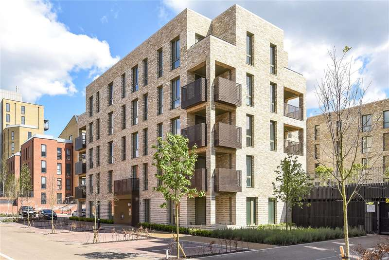 3 Bedrooms Apartment Flat for sale in Grafham Court, 2 Brannigan Way, Edgware, Stanmore, HA8