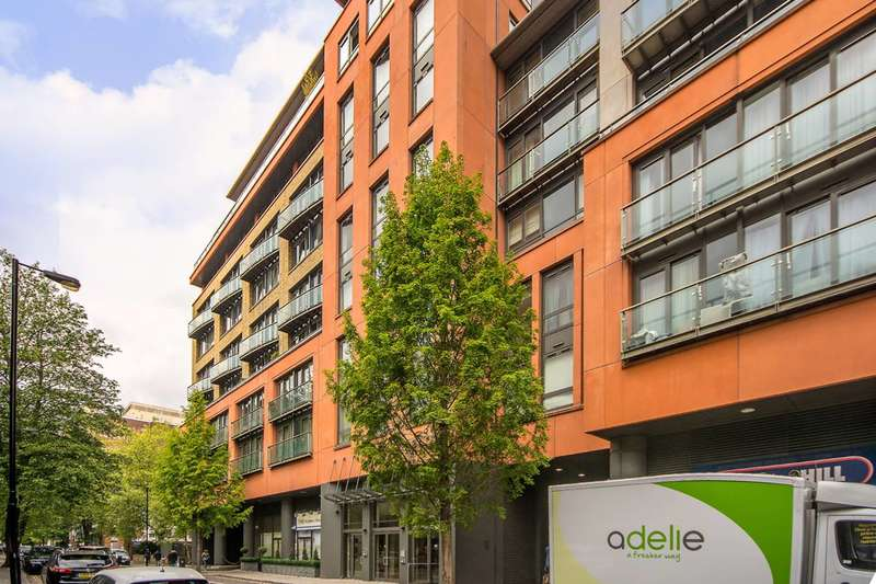 Studio Flat for sale in Westcliffe Apartments, Paddington, W2
